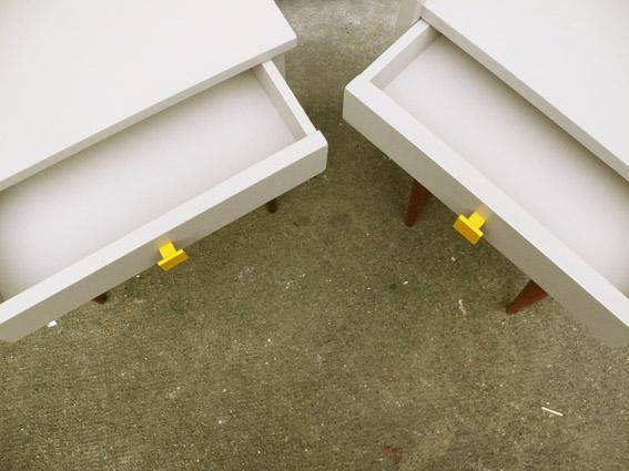 chevet-table-de-nuit-vintage-années-50-60-repeint-rénové-jumeau-commande