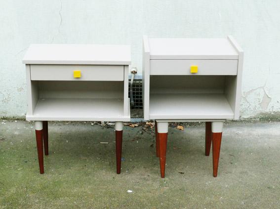 chevet table de nuit vintage ann es 50 60 repeint r nov. Black Bedroom Furniture Sets. Home Design Ideas