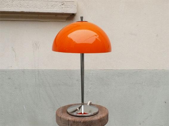 lampe champignon ann es 70 orange globe chrome adopte un meuble. Black Bedroom Furniture Sets. Home Design Ideas