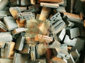 lettres-imprimerie-bois-encre-recyclage