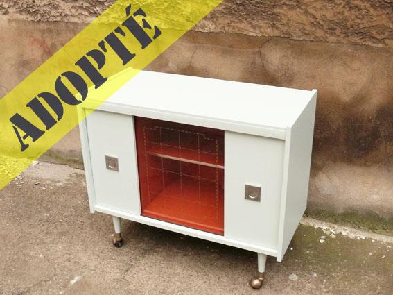 buffet bas ann es 70 adopte un meuble. Black Bedroom Furniture Sets. Home Design Ideas