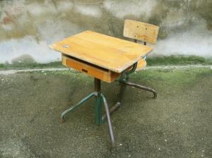 pupitre-bureau-écolier-réglable-bois-métal-Matco-style-Jean-Prouvé