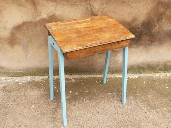 bureau pupitre ancien adopte un meuble. Black Bedroom Furniture Sets. Home Design Ideas