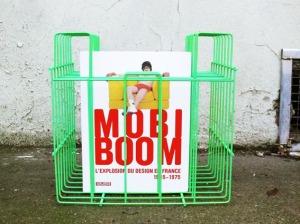 porte-vinyle-revues-vintage-ancien-repeint-vert-fluorescent-adopté-mobi-boom