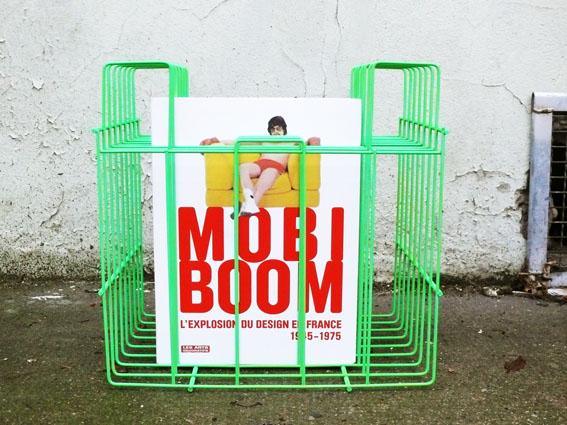 porte vinyle revues vintage ancien repeint vert fluorescent adopt mobi boom adopte un meuble. Black Bedroom Furniture Sets. Home Design Ideas