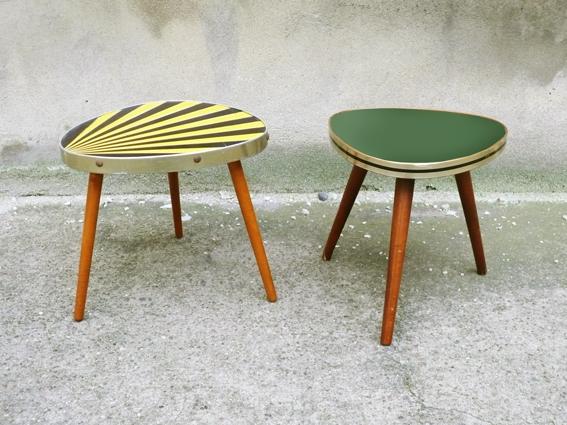 Romaric petite table vintage ann es 50 50 s tripode vert jaune noir porte plantes adopte un meuble - Table tripode annees 50 ...
