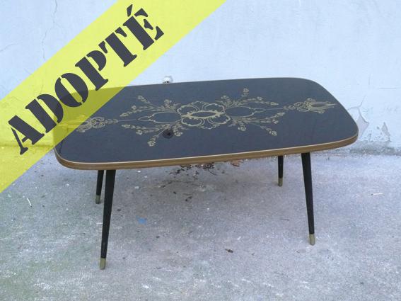 table basse vintage 70 adopte un meuble. Black Bedroom Furniture Sets. Home Design Ideas