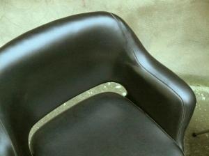 fauteuil-chaise-bureau-noir-cuir-eero-saarinen-conférence-années-50-vintage-65