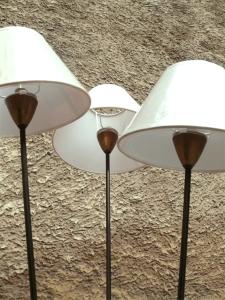 luminaire-lampe-lampadaire-tripode-vintage-ancien-trois-tiges