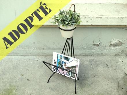 porte-revue-vintage-fifties-années-50-métal-noir-laiton-porte-plantes