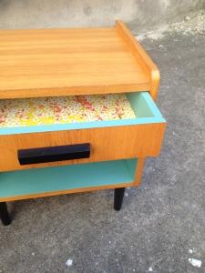 chevets-table-de-nuit-vintage-ancien-bleu-clair-bois-clair