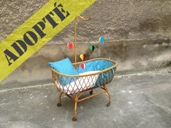 berceau rotin 60 s adopte un meuble. Black Bedroom Furniture Sets. Home Design Ideas