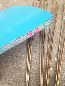 adèle-table-vintage-pieds-effel-masking-tape-lyon