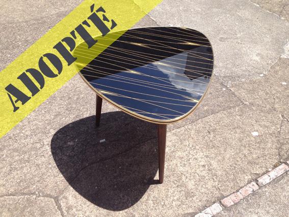 table tripode yolande adopte un meuble. Black Bedroom Furniture Sets. Home Design Ideas