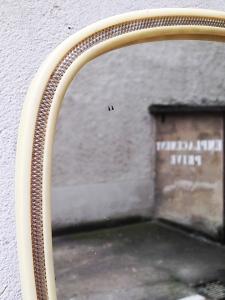 miroir-ivoire-vintage-détail-tache