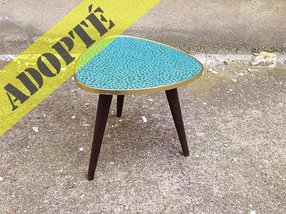 table tripode florentine adopte un meuble. Black Bedroom Furniture Sets. Home Design Ideas